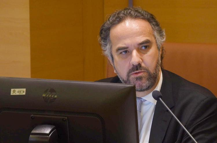54b1488e400bc O Tribunal de Contas de Pernambuco reconheceu ontem (13), ao responder uma  consulta da Câmara Municipal de Chã Grande, que poderá ocorrer  inexigibilidade de ...
