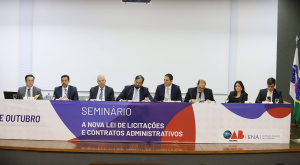 Conselheiro Carlos Neves e o conselheiro substituto Marcos Nóbrega participam de evento na OAB/BR